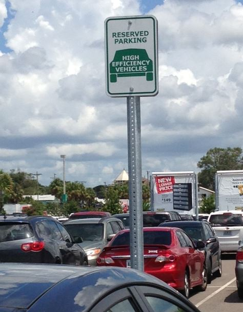 Sign - Tampa - Reserved Parking High Efficiency Vehicles