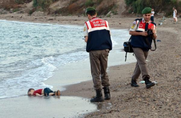 syrian toddler turkish beach