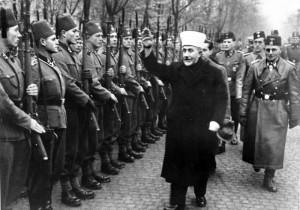 https://commons.wikimedia.org/wiki/File:Bundesarchiv_Bild_146-1980-036-05,_Amin_al_Husseini_bei_bosnischen_SS-Freiwilligen.jpg