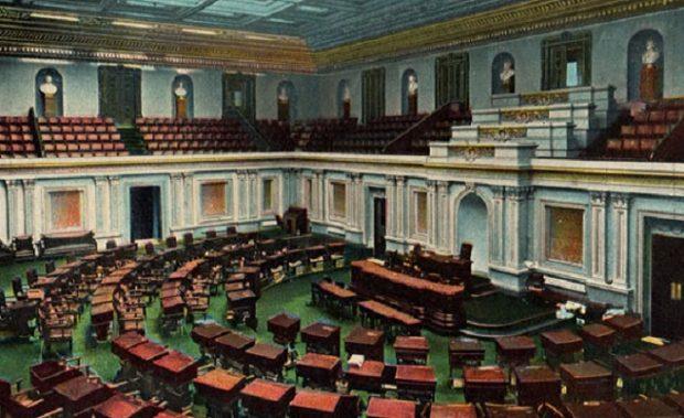 http://www.senate.gov/artandhistory/history/common/image/SenateChamberPostcard.htm