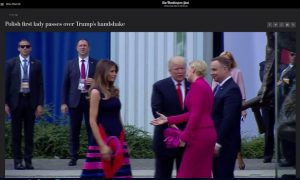 https://www.washingtonpost.com/video/politics/polish-first-lady-passes-over-trumps-handshake/2017/07/06/0ddbac1a-6273-11e7-80a2-8c226031ac3f_video.html