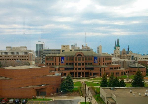 https://commons.wikimedia.org/wiki/File:Marquette_University_campus.jpg