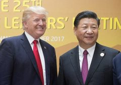 https://commons.wikimedia.org/wiki/File:Turnbull_selfie_with_Xi_Trump_Quang.jpg